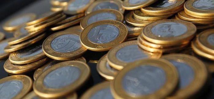 Cortar despesas obrigatórias ou mudar o teto de gastos? Eis o dilema de Bolsonaro