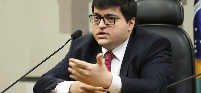 Ajuste fiscal demanda esforço de R$ 350 bilhões, diz Felipe Salto, da IFI
