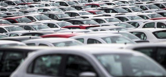 Fenabrave eleva projeções para vendas de veículos