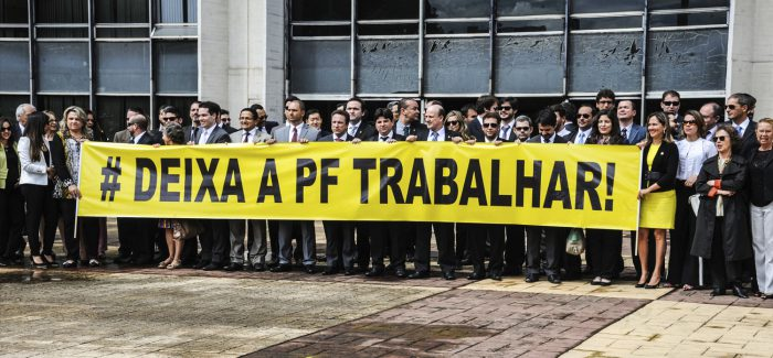 Delegados vão ao STF contra interferências em investigações