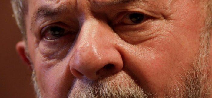 STF adia julgamento de pedido de liberdade de Lula