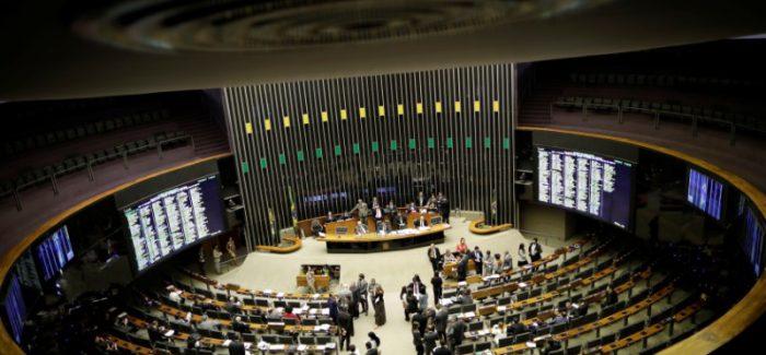 """Novo """"Centrão"""" quer  isolar PT e PSL na Câmara"""
