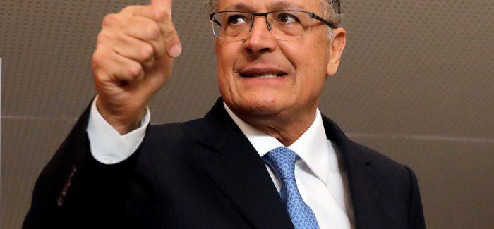 Auxiliares querem transformar Alckmin em youtuber