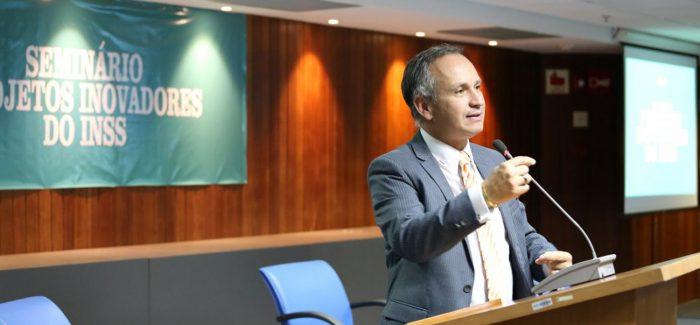 Presidente do INSS é demitido após denúncia de irregularidade