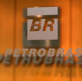 Presidente da Petrobras prega fim de empréstimos a juros diferenciados