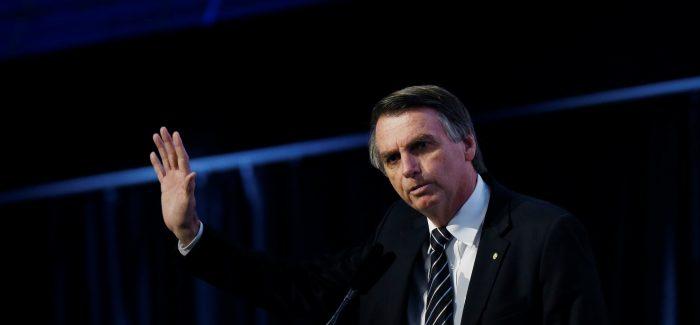 """Bolsonaro coloca processo eleitoral """"sob suspeição"""""""