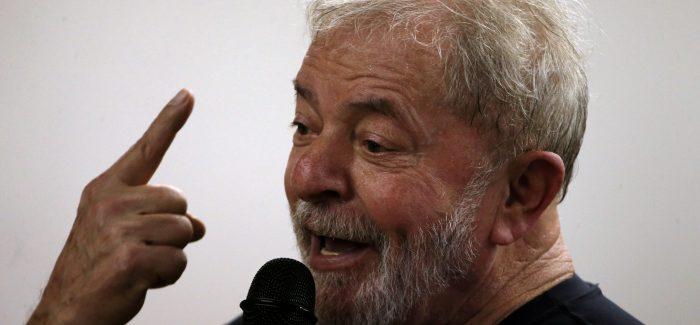 Lula disse a advogados que não sairia de Curitiba