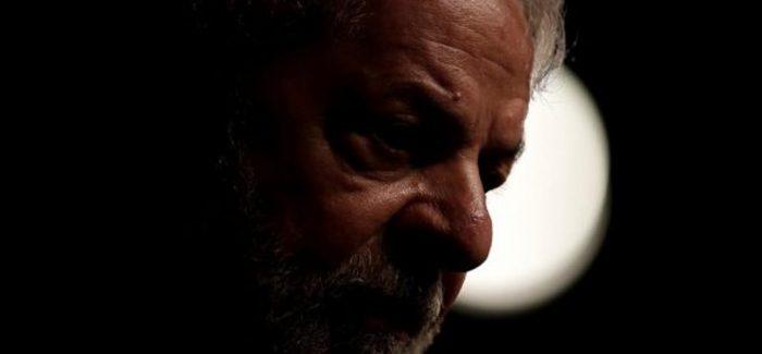Lula quer aproximação do PT com as Forças Armadas