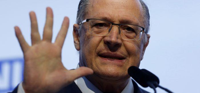 """Vou dar um pit-stop na política"", diz Alckmin"