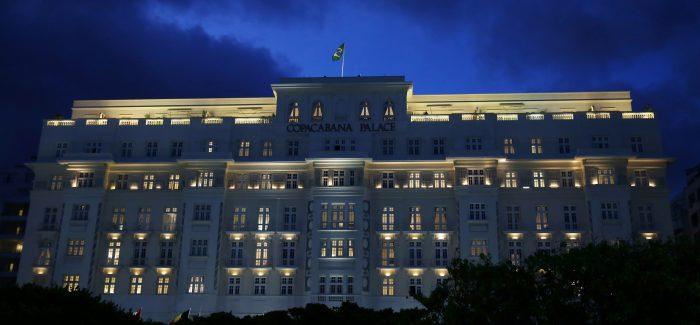Holding dona da Louis Vuitton compra rede do Copacabana Palace