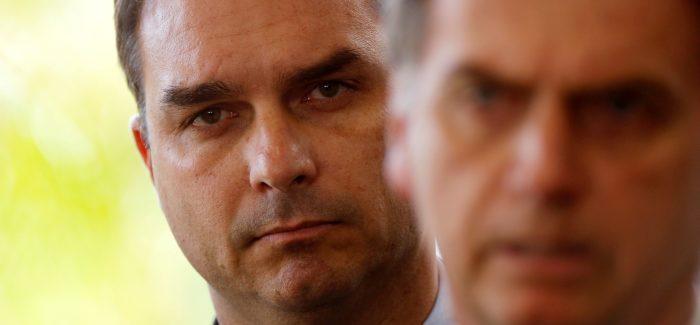 Bolsonaro vê investigação contra Flávio como forma de atingi-lo