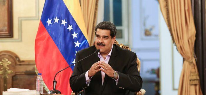 EUA negociam saída de Maduro do poder na Venezuela