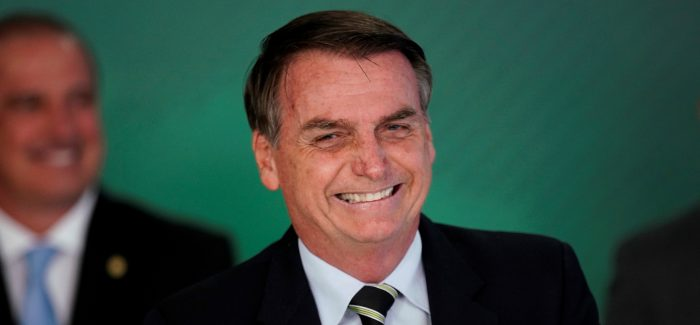 Bolsonaro é o líder mais popular do Facebook. Trump, o segundo