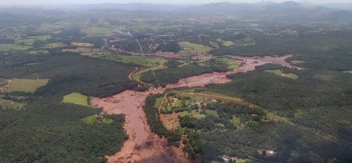 Barragem da Vale se rompe em Minas Gerais. Há 200 desaparecidos e onze mortos