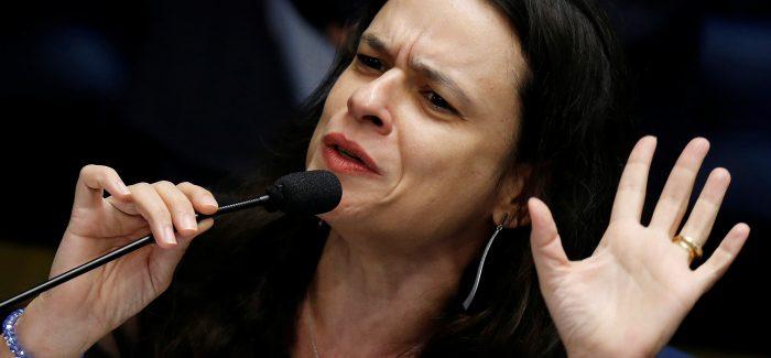 """""""Não precisamos aplaudir tudo do governo Bolsonaro"""",  diz Janaina Paschoal"""