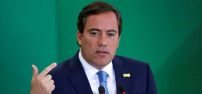 Presidente da Caixa diz que está sendo atacado por cortes no banco