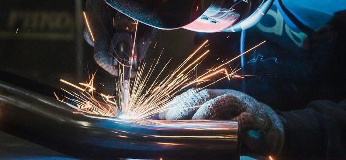 Melhora no ambiente de negócios puxa alta da confiança da indústria