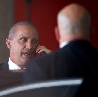Novo áudio mostra que Bolsonaro pediu para Onyx negociar com Bebianno