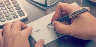 Cheque falsificado é o principal golpe sofrido por pequenos empresários