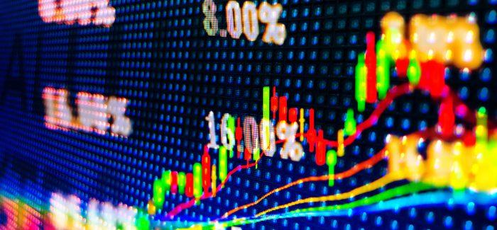 Ibovespa opera em alta após recuo; dólar sobe