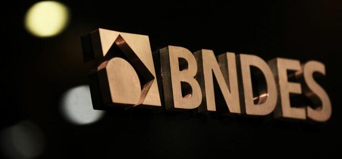BNDES vai pagar R$ 30 bi ao governo em maio, diz Levy