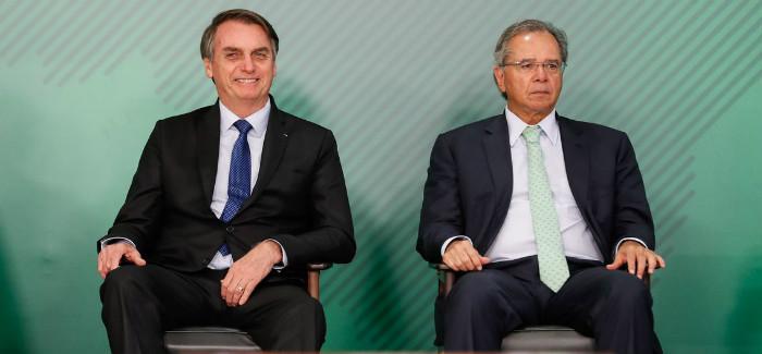 Bolsonaro e Guedes apresentam pacote para equilibrar gastos e estimular a economia