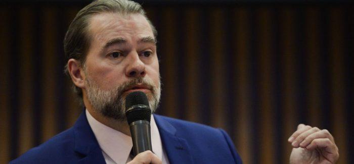 Toffoli adia julgamento sobre prisão após condenação em 2ª instância