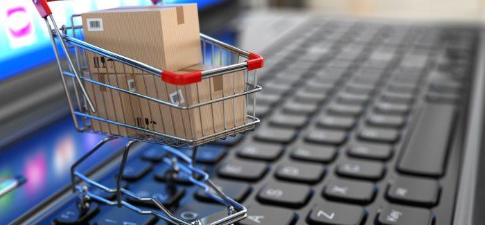 Brasileiro está mais conectado, mas e-commerce ainda patina no país