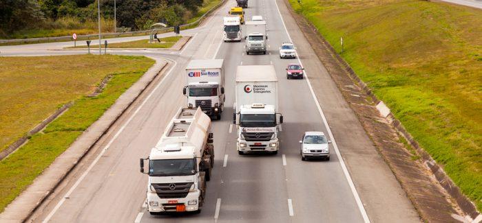 Governo Bolsonaro anuncia linha de crédito a caminhoneiros
