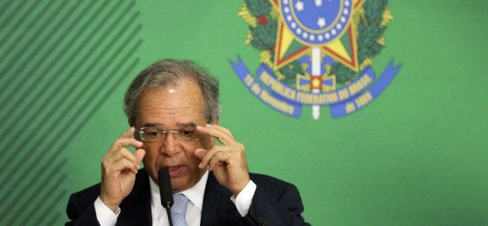 Mercado erra ao projetar economia menor com reforma, diz Guedes