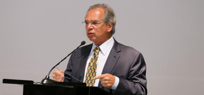 Guedes diz que confia no Congresso por reforma superior a R$ 1 trilhão