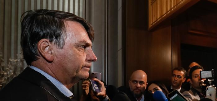 """""""Presidente do Brasil não veio aqui para ser advertido"""", diz Bolsonaro em chegada ao Japão"""