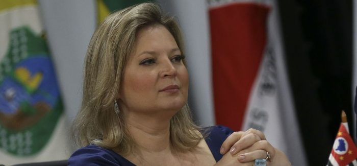 Joice projeta economia perto de R$ 1,1 trilhão com reforma