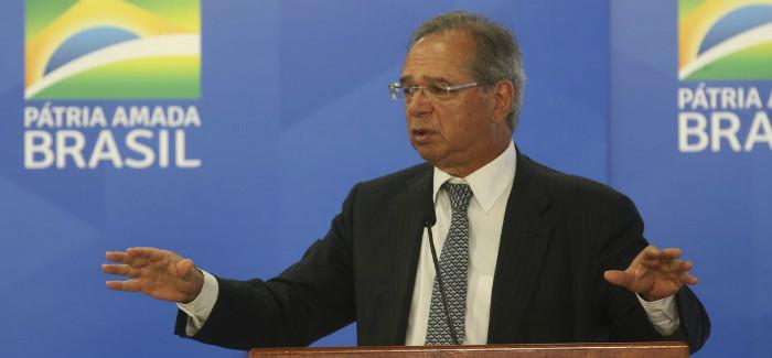 """""""Reindustrialização do Brasil será feita em cima do gás natural"""", diz Guedes"""