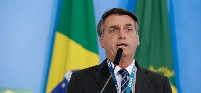 Bolsonaro nega recuo na decisão de indicar filho para embaixada
