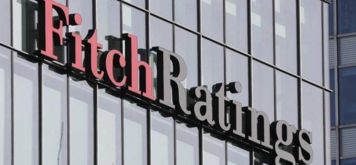 Fitch alerta para piora fiscal e recomenda retomada das reformas