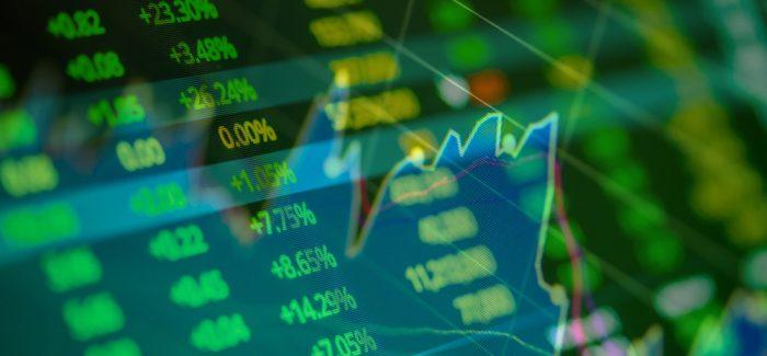 PIB e otimismo no exterior puxam alta do Ibovespa; dólar sobe
