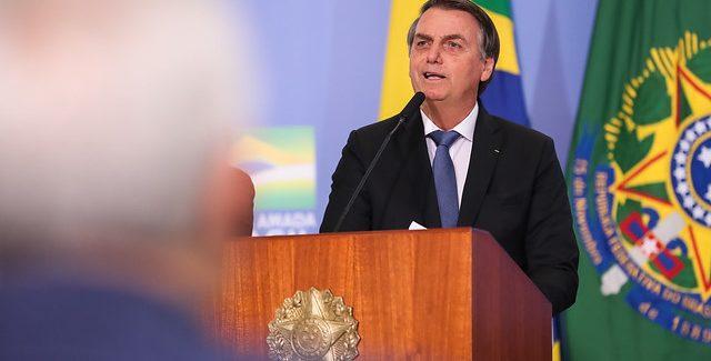 Bolsonaro veta 19 trechos da lei de abuso de autoridade