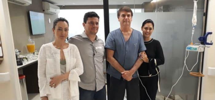 """Moro visita Bolsonaro em hospital e brinca: """"O homem é forte"""""""