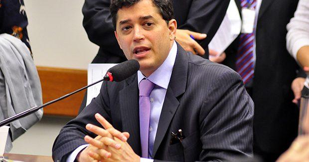 Índio da Costa é preso em ação que apura corrupção nos Correios