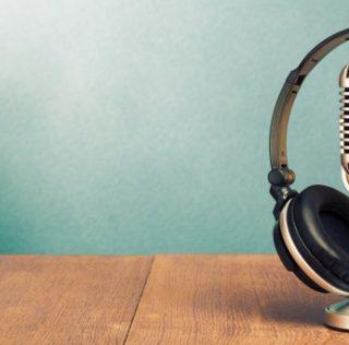 Empresa sueca investe no mercado brasileiro de audiolivros e podcasts