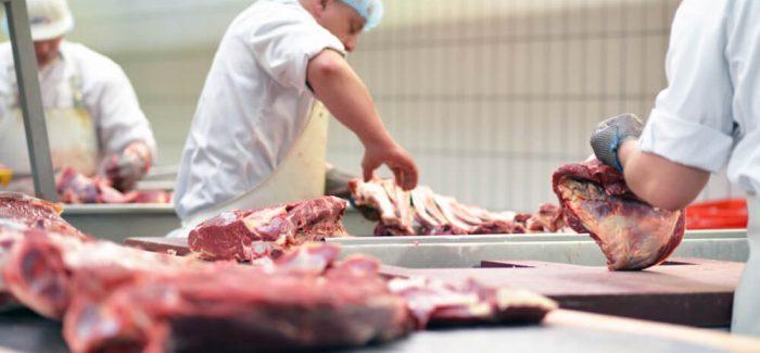 25 frigoríficos brasileiros ganham habilitação da China para exportações