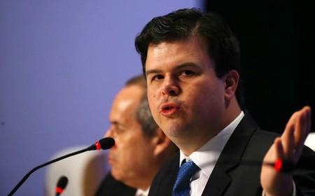 Ministro de Minas e Energia diz que abastecimento no país já está normalizado após apagão