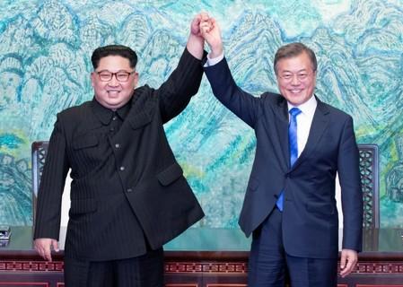 Trump elogia encontro histórico entre líderes das duas Coreias
