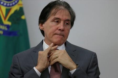 """Eunício diz que votar cessão onerosa sem acordo pode """"destruir"""" projeto"""