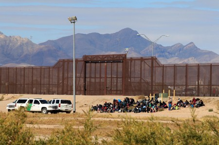 EUA prometem bilhões de dólares para desenvolver América Central e conter imigração