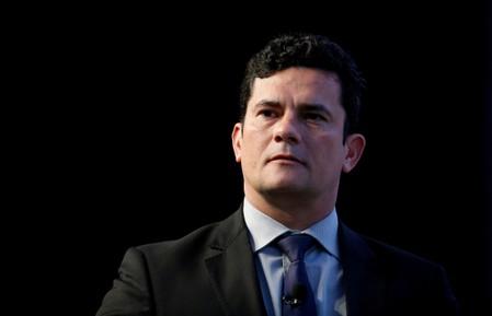 CORREÇÃO-Moro promete agenda anticorrupção em Ministério da Justiça e Segurança de Bolsonaro