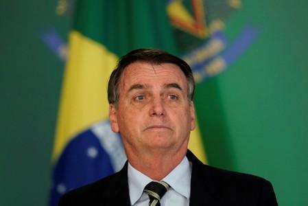 """Bolsonaro diz que segue se """"recuperando e trabalhando do hospital"""""""