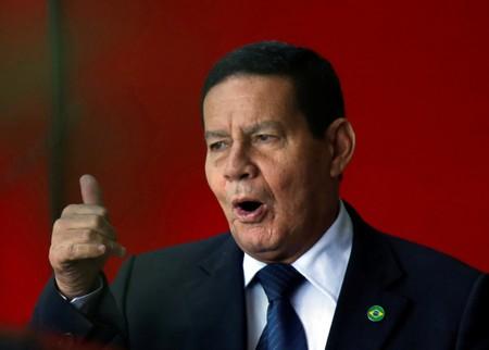 Governo não dará trégua no combate à corrupção, diz Mourão no STF